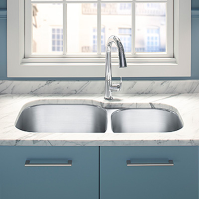 Kitchens With Stainless Steel Farmhouse Sink