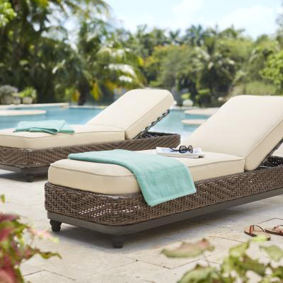 Charmant Outdoor Chaise Lounge