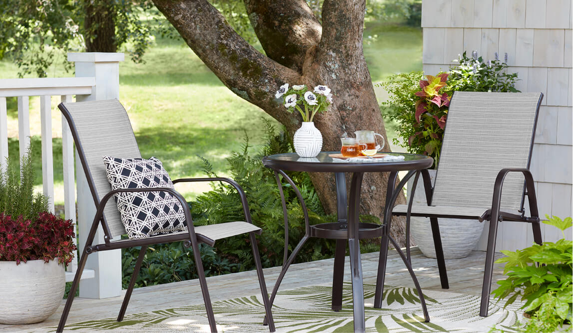 Small E Outdoor Dining Sets
