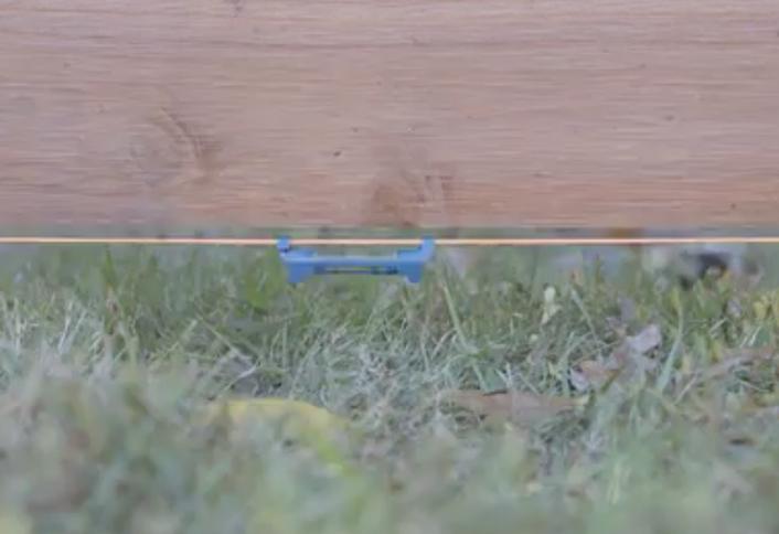 Fasten Loose Ends Boards Making Basket Weave Fence