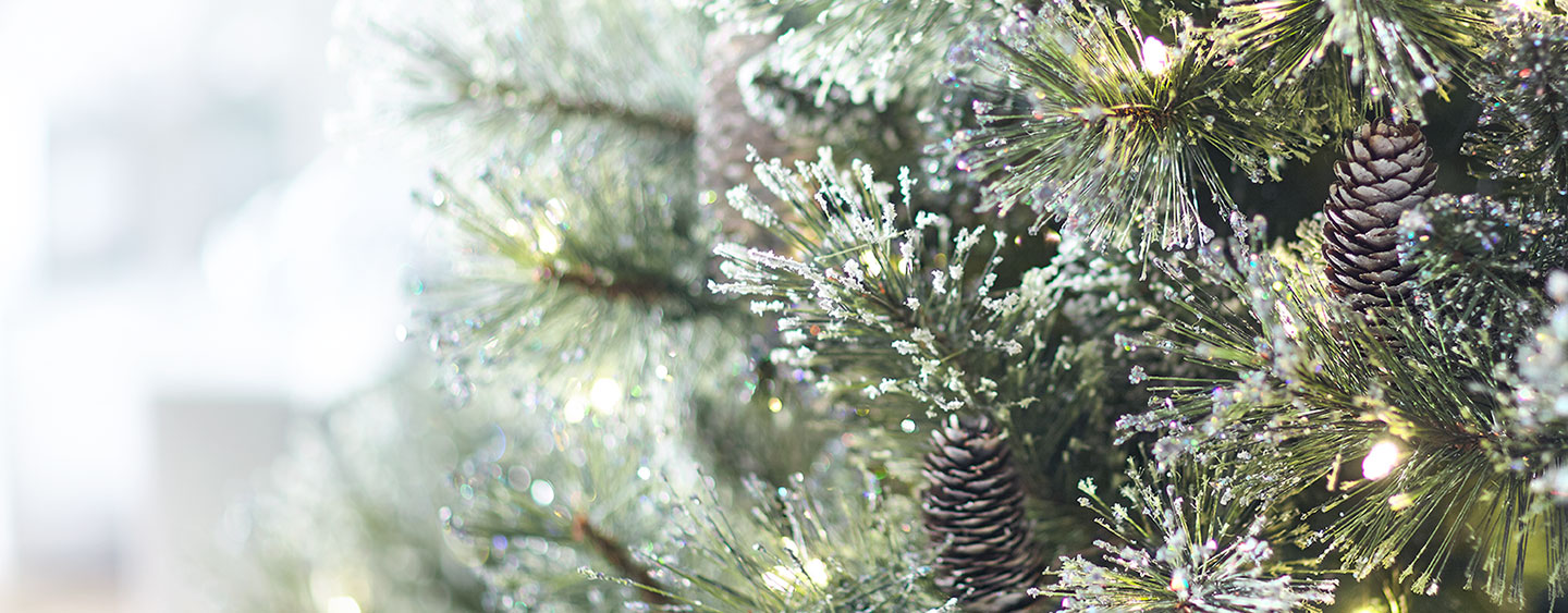 Artificial Christmas Tree Buying Guide - The Home Depot