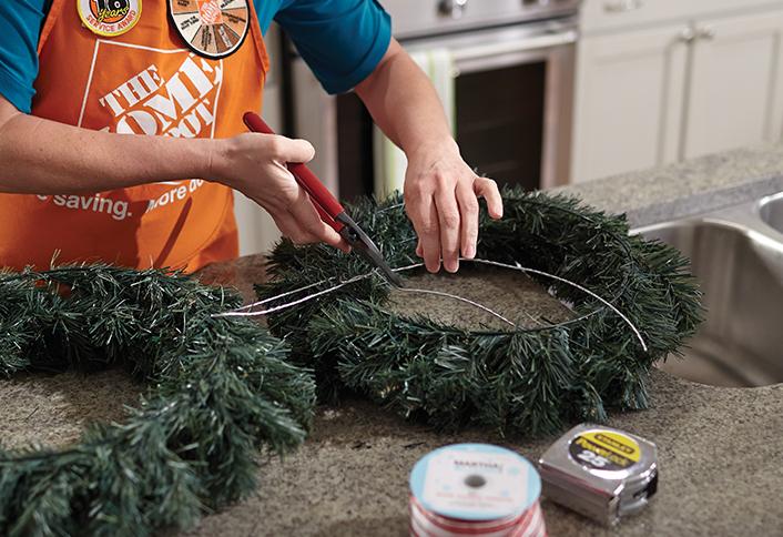 Connect Three Wreaths   Triple Wreath Door Hanger
