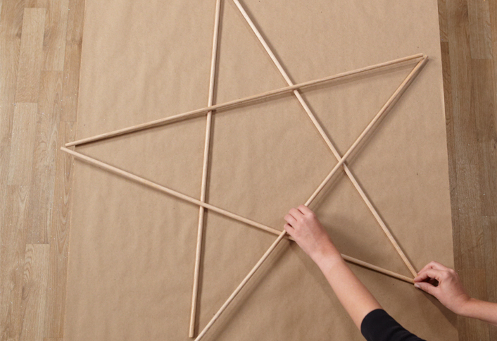 Arrange dowels - Make an Illuminated Star