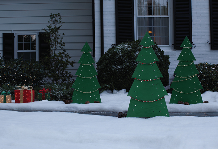 how to make holiday tree yard decor