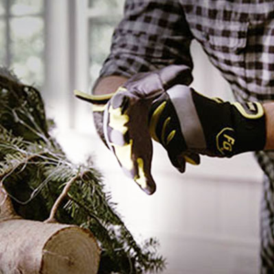 Christmas ideas and diy projects guides the home depot how to set up a live christmas tree solutioingenieria Image collections