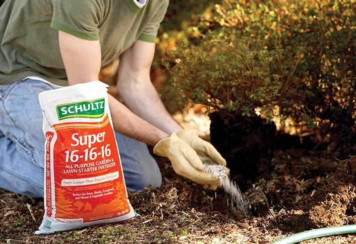 Fertilizers Provide Nourishment To Flowers, Vegetables And Plants That  Cannot Be Found In Soil