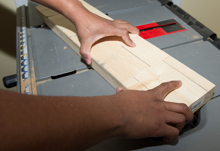 How to change the blade for your table saw at the home depot to see if the blade is perpendicular to the table mark a thick board with a single line on one side and a double line on the other greentooth Gallery