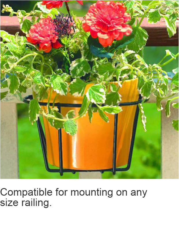 Flower pot holder accommodates pots up to 8 in.