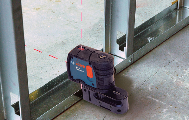 Bosch GPL3 projecting points in 3 directions near metal beams.