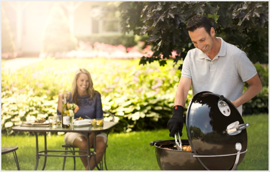 The ritual of charcoal grilling meets the convenient features and the wow factor of the Master-Touch®.