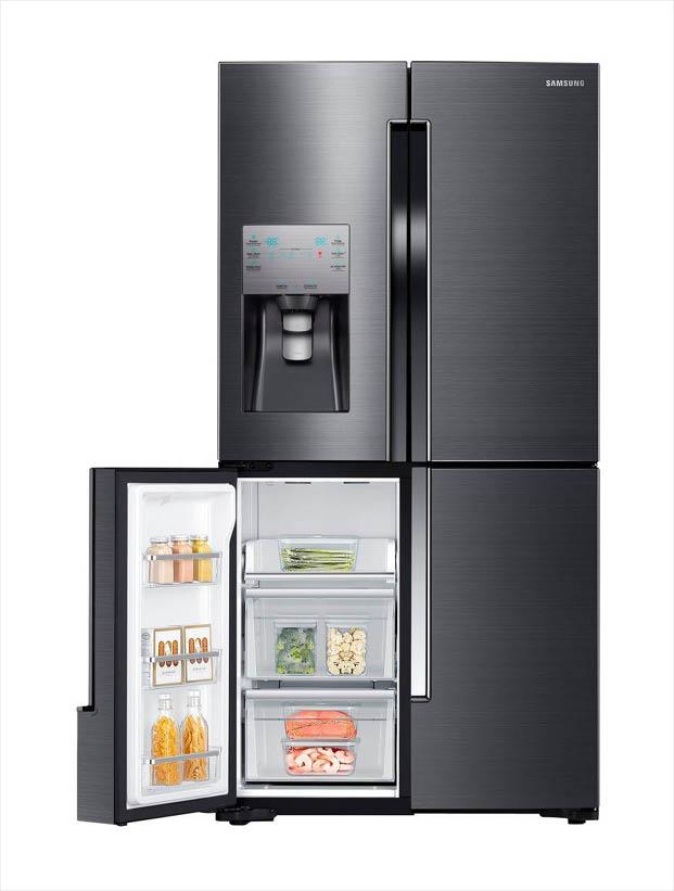 Samsung 22 5 cu  ft  French Door Refrigerator in Fingerprint Resistant  Black Stainless