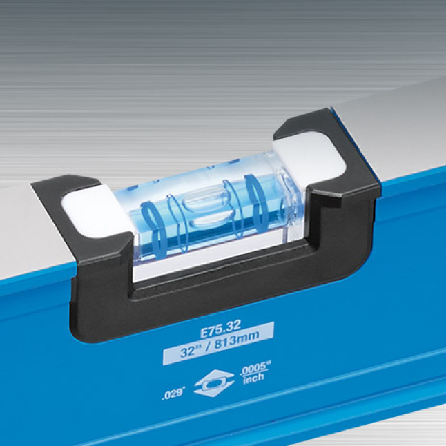 Impact resistant block vial offers 300° viewing window for easier read-out in multiple positions