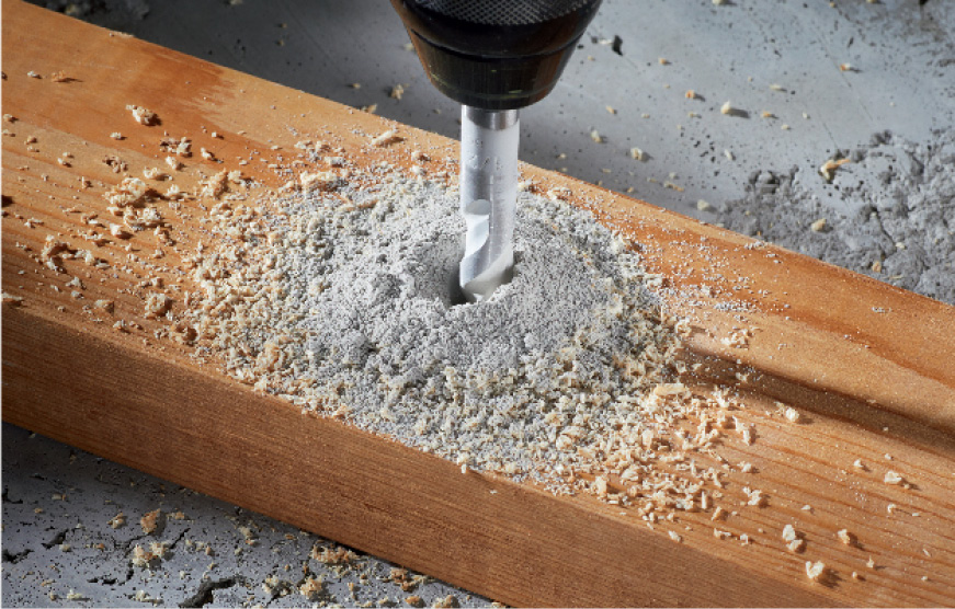 Bosch Multipurpose bit drilling into wood