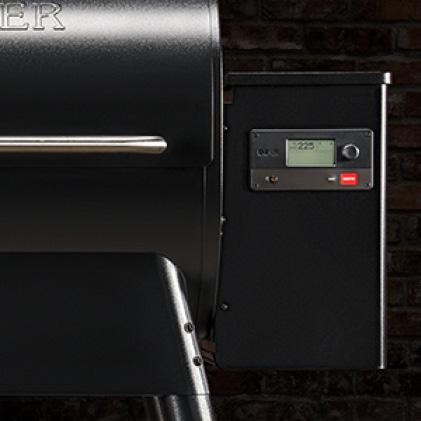 Traeger Grills - 18lb Hopper Capacity