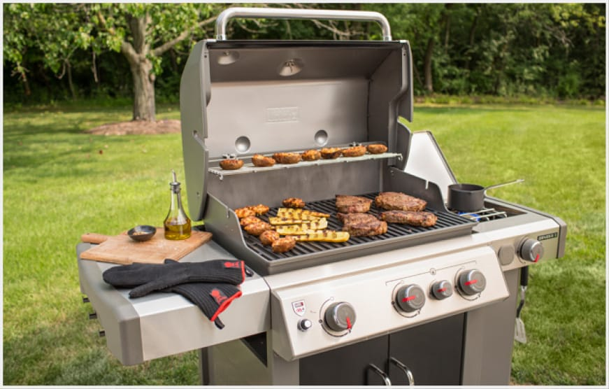 The Genesis II E-335 is equipped with the power and features you need for amazing food.
