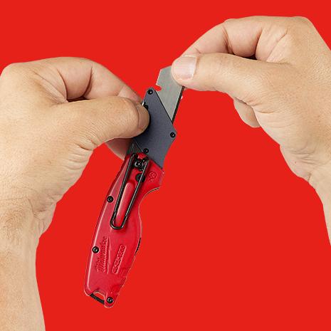 Quick Change: Tool Free Blade Change