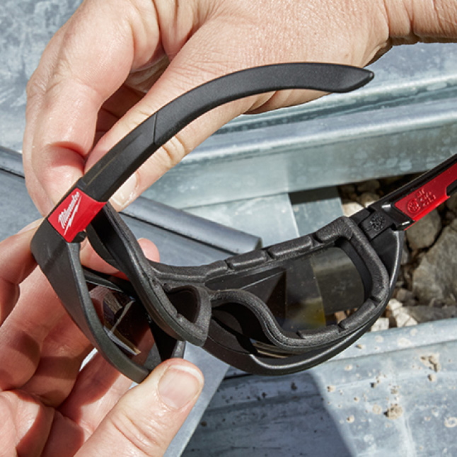 Safety Glasses with Removeable Gasket Protects Against Debris