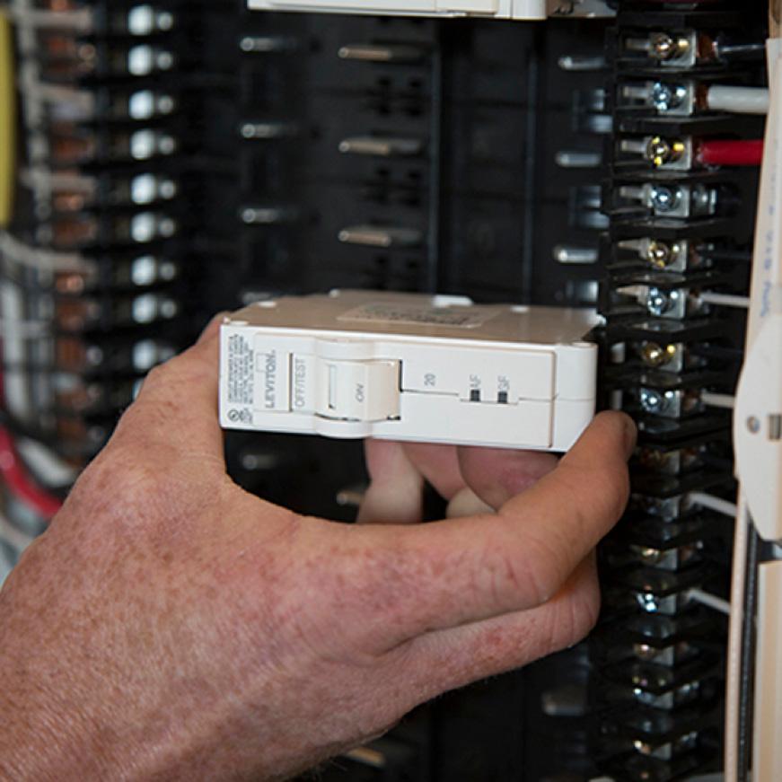 Leviton Branch Circuit Breaker  Afci 1