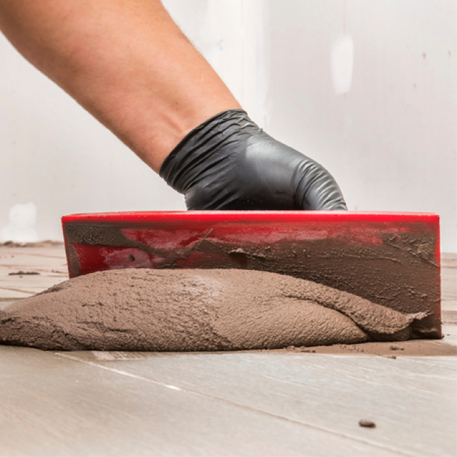 Easily spread grout with float
