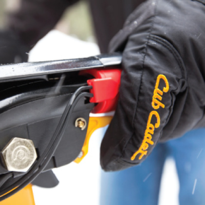 Cub Cadet three-stage snow blower, Heated Handgrips