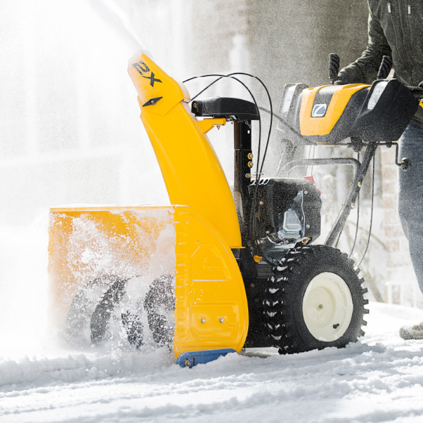 Cub Cadet two-stage snow blower, pure power, easy handling