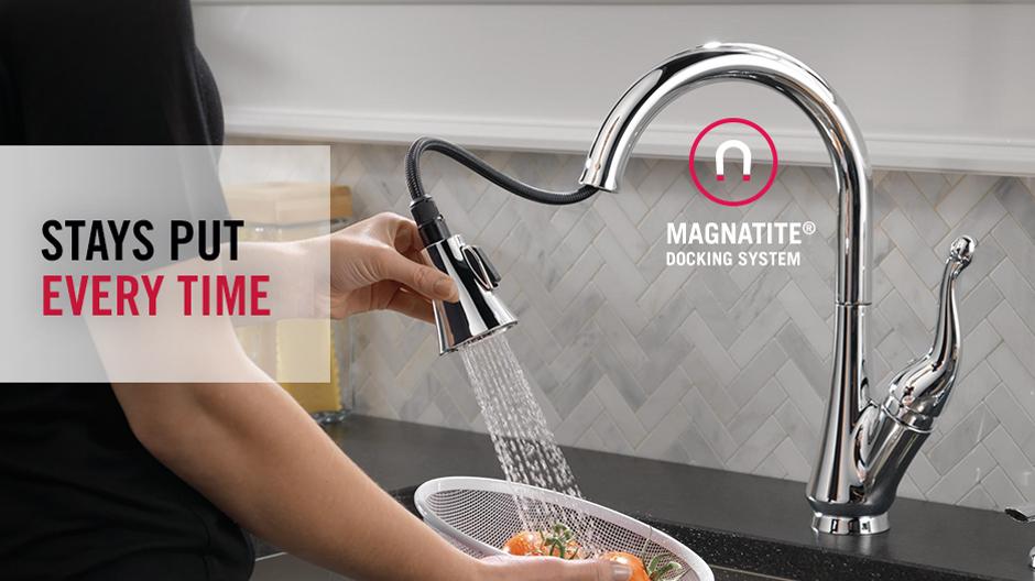 Delta Talbott Single-Handle Pull-Down Sprayer Kitchen Faucet with ...