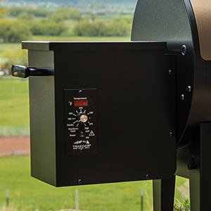 Traeger Junior Elite 20 Wood Fired Pellet Grill In Bronze