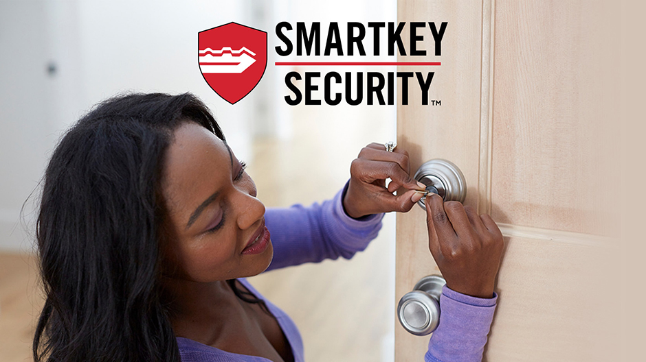 Customer using SmartKey Security to re-key lock