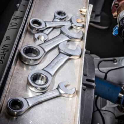 GEARWRENCH stubby ratcheting wrenches give greater access to hard-to-reach fasteners