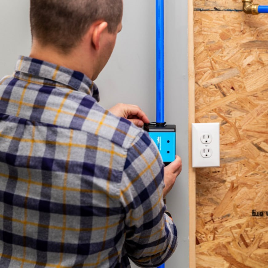 Simple and easy installation, requires no pipe cutting. Just zip tie to pipe and plug-in.