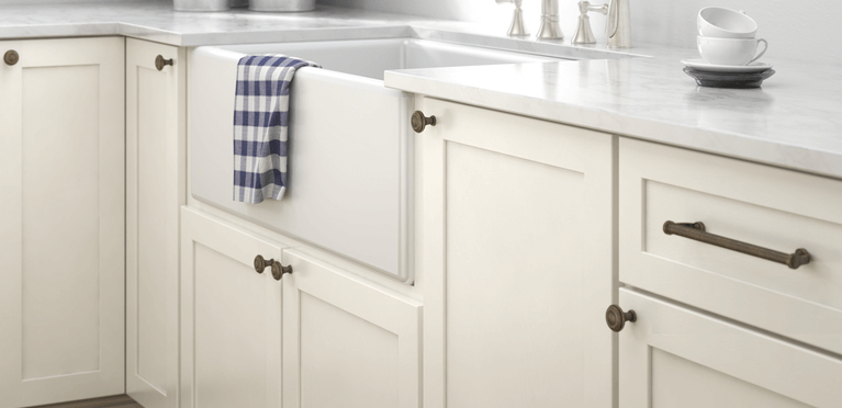 Modern Slim Shape Cabinet Drawers Pull Handle forKitchen Bathroom Bedroom Office