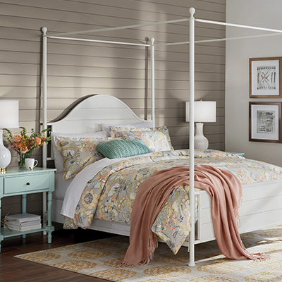 Cheerful Cottage Bedroom