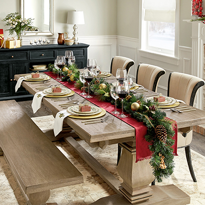 Classically Christmas Dining