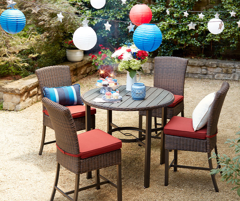 Discover decorations for the 4th of July and all your favorite annual occasions